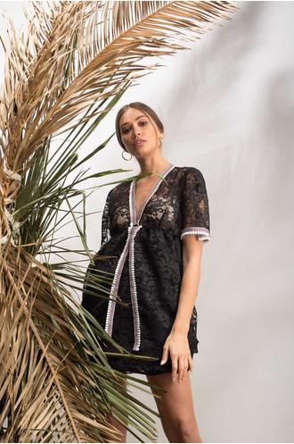 Φόρεμα από δαντέλα μαύρο